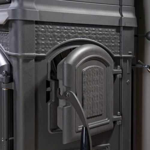 Kamna teplovzdušná Isotta forno cerna1