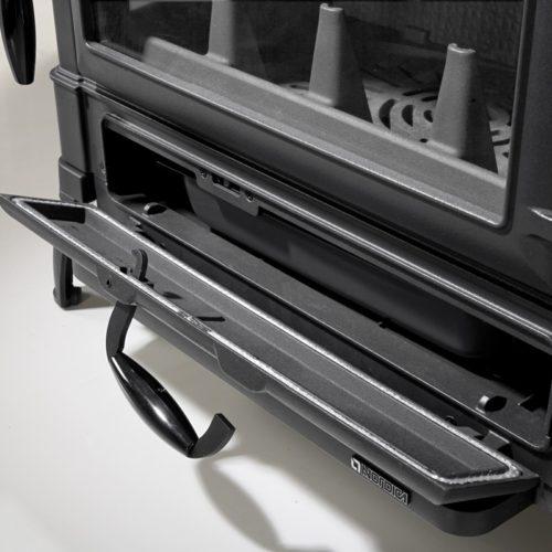 Kamna teplovzdušná Isotta forno cerna2