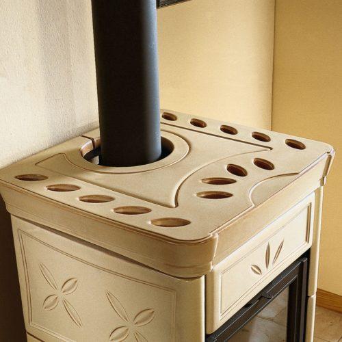 Kamna teplovzdušná Nicoletta cappuccino